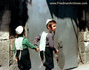 2 Boys in Mea Sharim