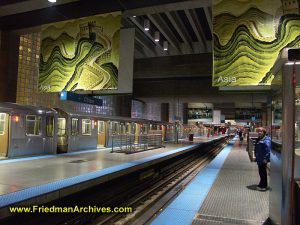 Chicago Subway platform