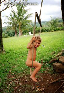 Mikila on Swing