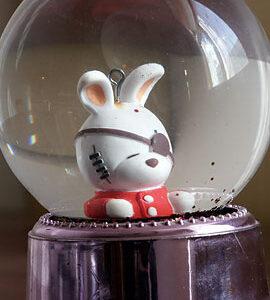 bunny_in_globe